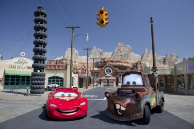 Meet Lightning McQueen and Mater in Cars Land